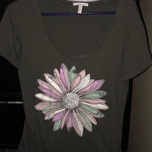 Tee shirt with flower